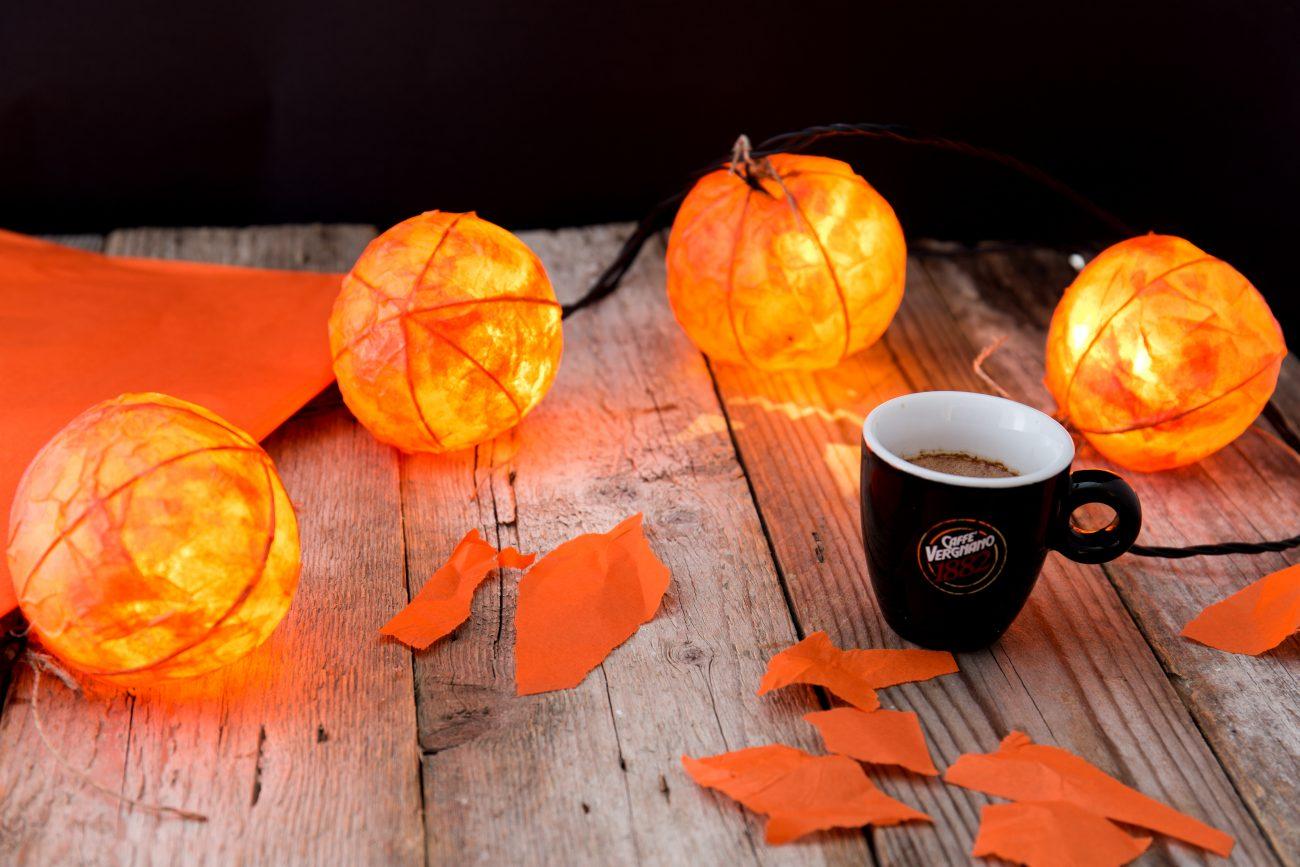 DIY ghirlanda di Halloween con Caffè Vergnano