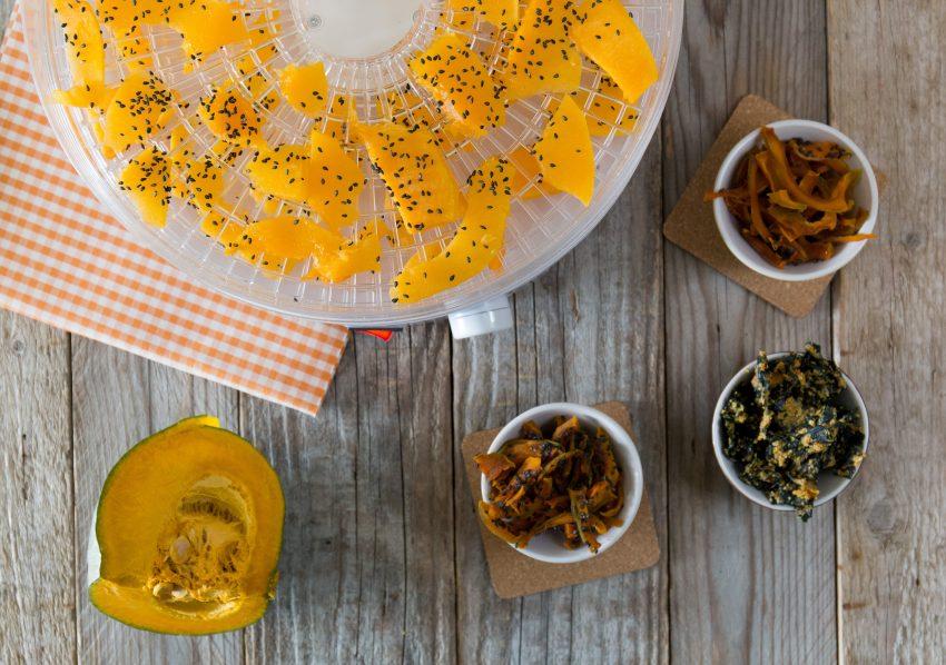 Chips speziate di zucca e cavolo nero