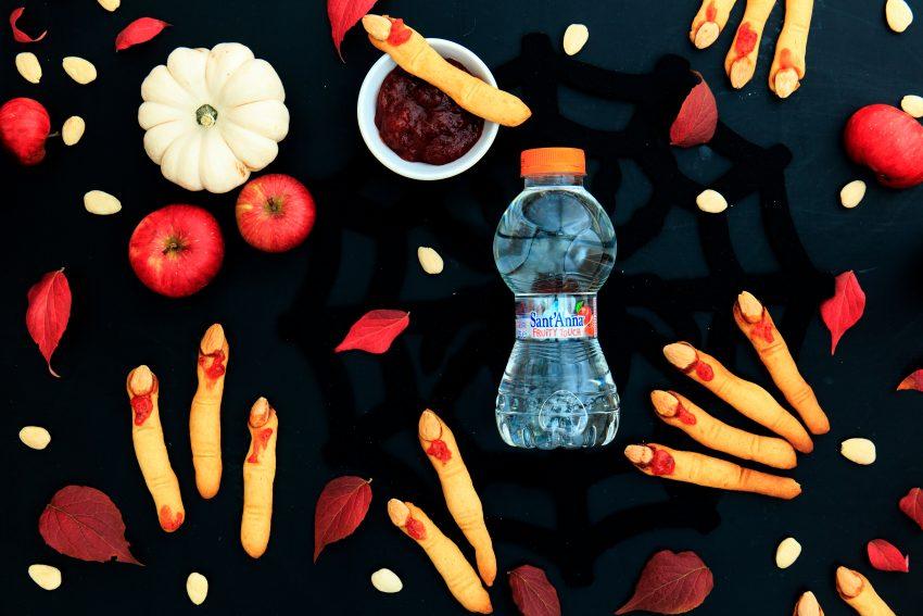 Red Halloween: dita di strega con marmellata di fragole